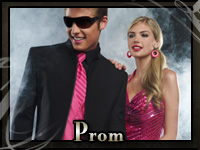A teenager and his date at prom wearing formal wear from John's Tuxedos in Metairie, LA
