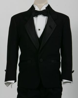 Traditional Tuxedo Boys one-button Notch