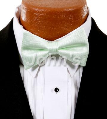 Pistachio Simply Solid Bow Tie