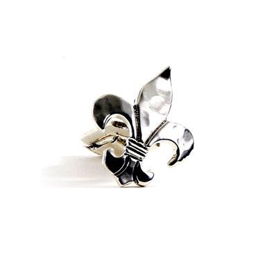 Hammered Fleur de Lis Sterling Cufflinks